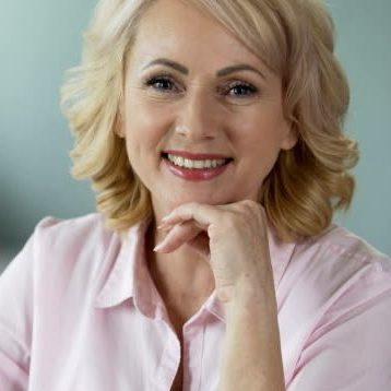 Tina, una de las mejores clarividentes de España